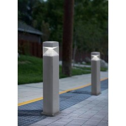 BORNE LED RESINE CARREE MODERNE-ESTER 800-FUMAGALLI